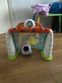 Chicco football and goals set
