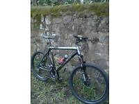 TREK 6000 COMES WITH REMOTE LOCKOUT FORKS, AND SHIMANO HYDRAULIC DISC BRAKES, GREAT BIKE RRP £700