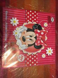 Disney Minnie Mouse Colouring Case 200 Piece Set