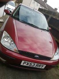 Ford focus 1.6 red