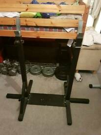 Squat rack / bench rack