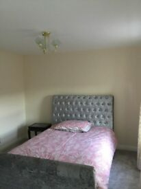 Large double bedroom for rent.£350 pm including all bills.10 min walk from train station