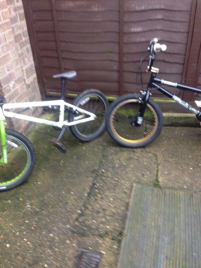 2 boys bmx bikes