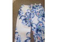 Women's Zara flowery trousers