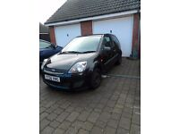 56 reg Ford Fiesta 1.2 Style Black - Low mileage 2 previous women owners