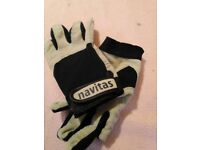 extra small sailing gloves, used but in very good condition.
