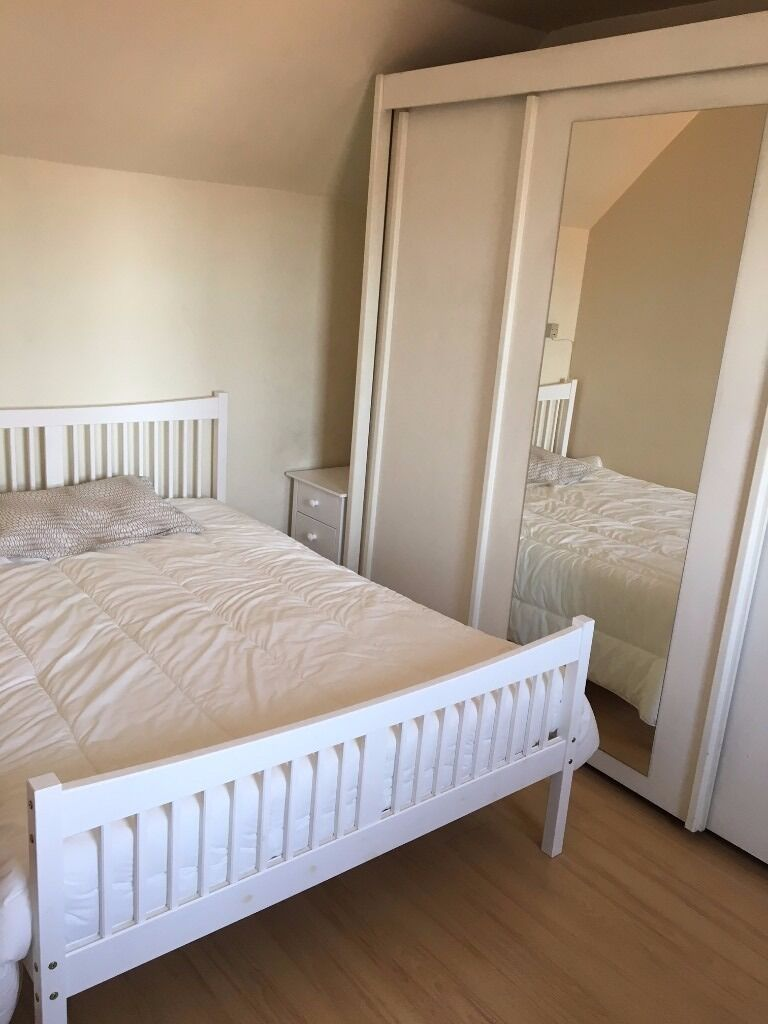 Double Room with En-Suite NO FEES