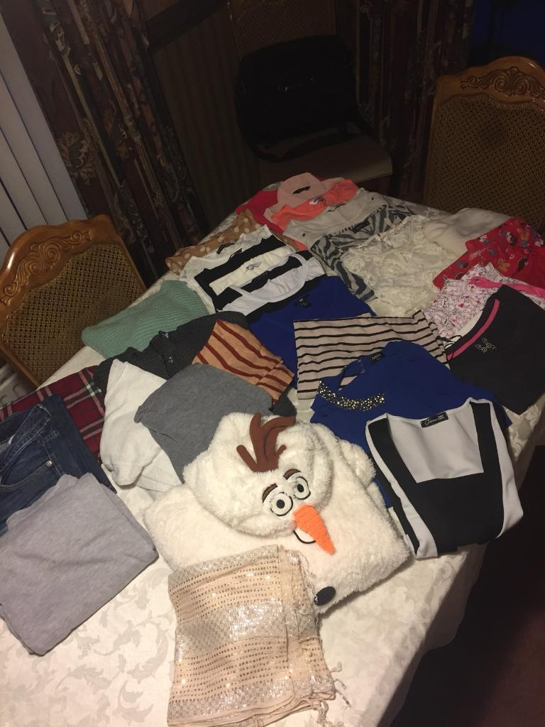 Large Bundle Of Ladies Clothes - (30 Items) - See Listing & All Photos