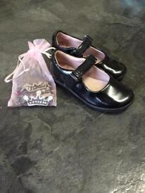 Kids Lelli Kelly school shoes