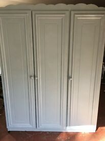 WARDROBE MDF PAINTED - STRONG & STURDY - GREAT STORAGE