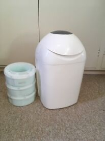 Tommee Tippee Sangenic Nappy Disposal Bin and 3 refills