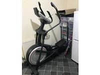 Elliptical cross trainer proform 720e
