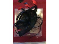 Fascinator - black with red