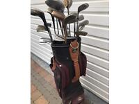 Set of golf clubs and golf bag only £30