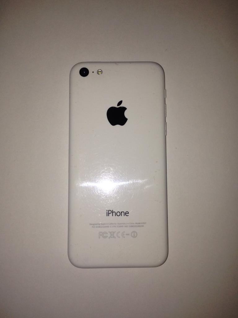 White iPhone 5c 8gb (quick sale!)