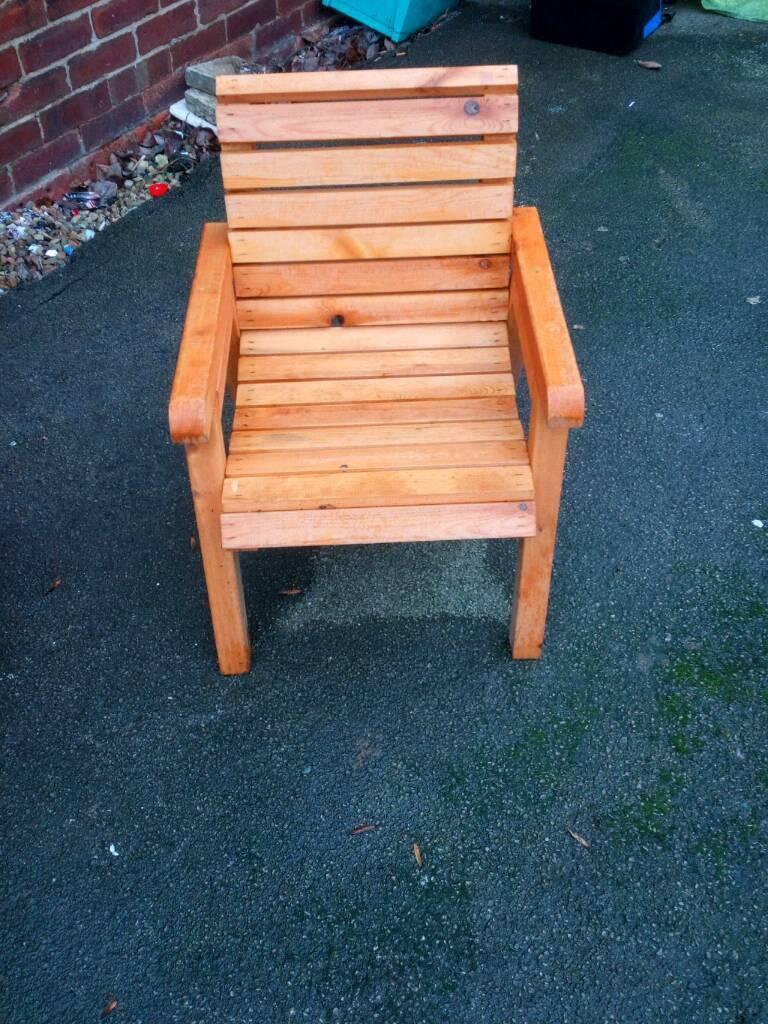 Garden chair very sturdu leeds
