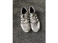 Adidas Los Angeles grey size 6 1/2