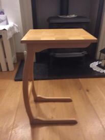 Oak FBJ mobler side table