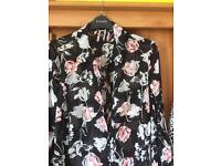 Brand New. Evans SIZE 22 blouse