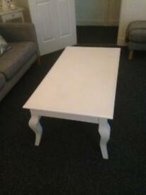 2 x white shabby chic vintage style tables