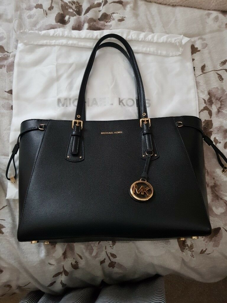 823839d4eef6 100% Genuine Michael Kors Handbag Immaculate condition only used 3 times