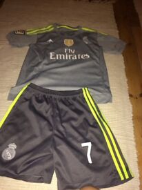 10-11 Real Madrid Cristiano Ronaldo Away kit
