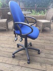 Desk chair comfort ergo