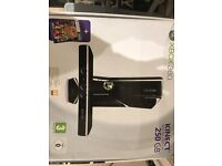 XBOX 360 KINECT SENSOR 250 GB WITH KINECT ADVENTURES (XBOX 360)