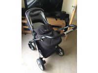 Excellent Condition Silver Cross Pioneer Pram & Pushchair (BLACK)