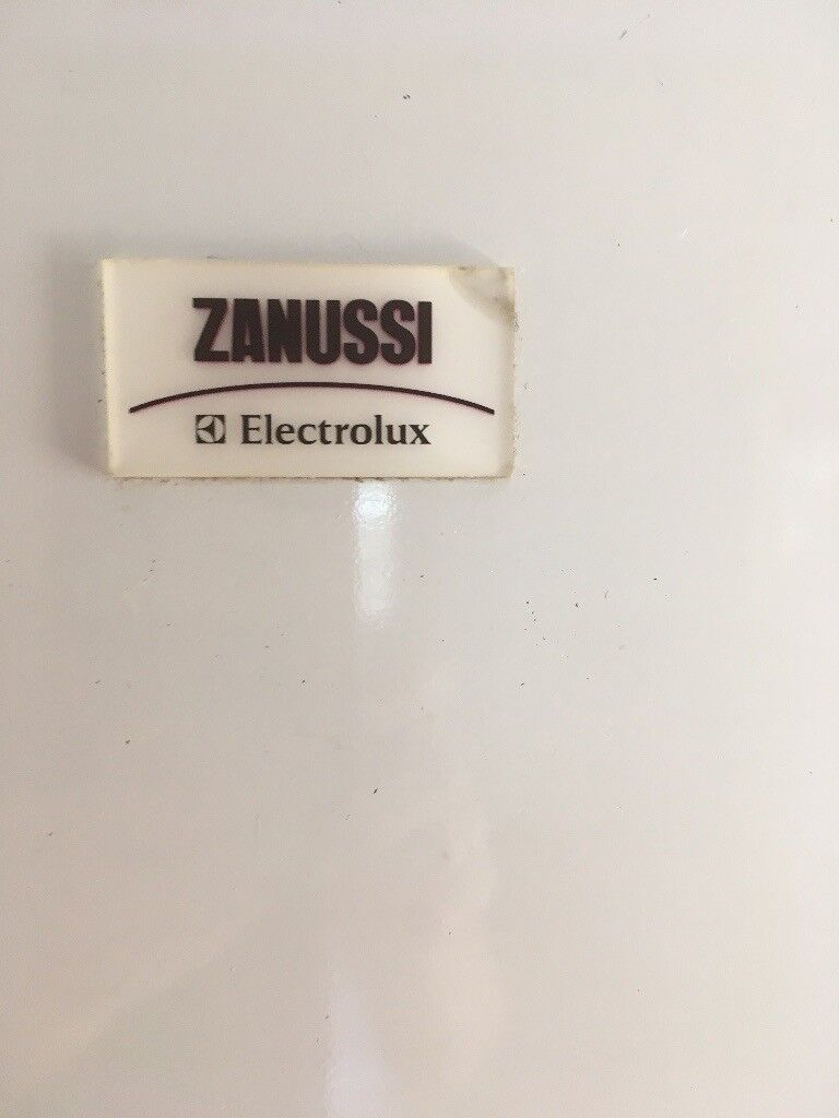 FridgeFreezer Zanussiin Brighton, East Sussex - Fridge/ Freezer made by Zanussi 50/50. Good working order. Buyer must collect