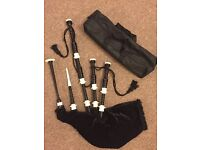 Full size highland scottish bagpipe with carry bag