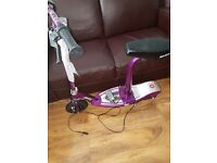 RAZOR E100 ELECTRIC SCOOTER WITH SEAT