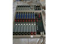 Peavy PV10 Powered Mixer