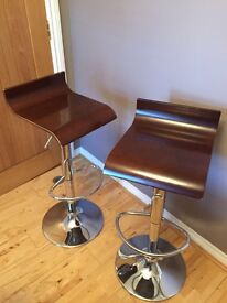 Pair of wooden bar stools