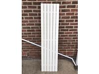Wall length feature radiator (very good condition)
