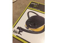 MINT - Gelert 5 litre footpump boxed new