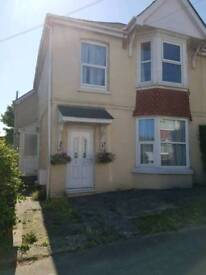 2 bedroom flat in Preston, Paignton