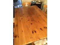 Solid Oak dining table with 6 chairs - dimensions length 166 cm width 106cm