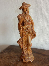 Oriental Figure Ornament - excellent condition