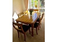 6 seater oak wooden dining table and 6 chairs- 5ft x 3 ft