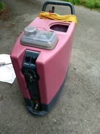 Cleanfix TW1240 Professional Carpet and upholstery cleaning machine