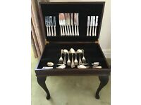 Elegant brand new 58 piece Sheffield steel canteen of cutlery in table