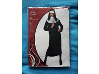 Nun costume, used once Size S (10-12)