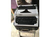 old Type hand typewriter