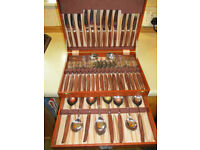 44 piece Glosswood canteen of cutlery