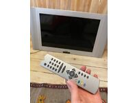 Acoustic Solutions 26 inch tv with remote