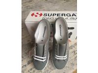 Superga light grey pumps