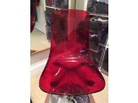 designer Swivel Plastic chair - CRACKED!!