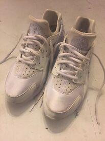 Nike triple white huarache size 7