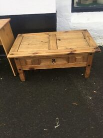 COFFEE TABLE \ TV STAND MEXICAN PINE. NICE PIECE. CENTRE DRAWER